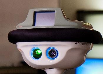 robot lyceen IDBOOX credit Franck Trabouillet