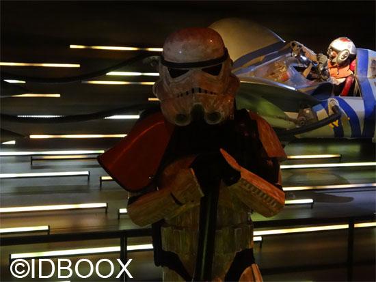 Star-Wars-Identities-Storm-Trooper-IDBOOX