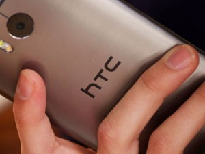 HTC smartwatch et One M9