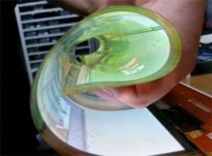 LG-ecran-flexible-18-pouces