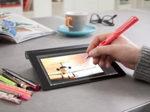 CES 2015 Lenovo Yoga tablet 2