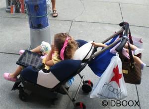 enfant-smartphone-generique