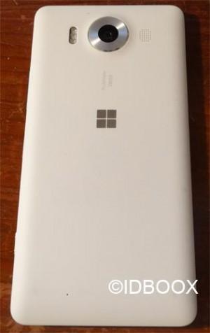Microsoft-Lumia-950-04
