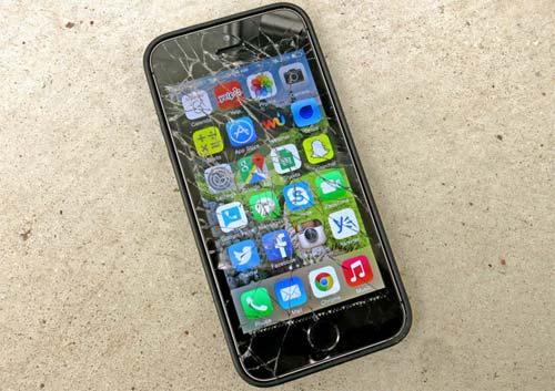 Apple échange iPhone écran cassé