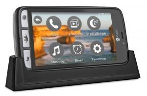 Doro-8031-smartphone-seniors-02