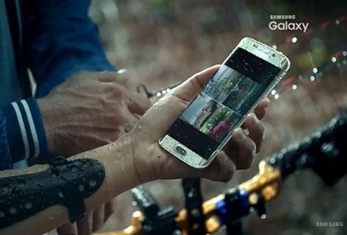 Galaxy S7 Edge filme sous l'eau