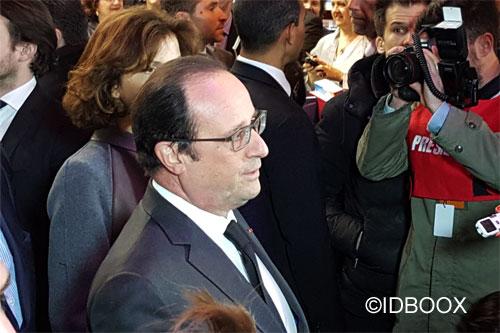 Salon-Livre-2016-F-Hollande