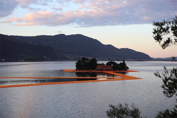 Christo Pont flottant lac Iseo