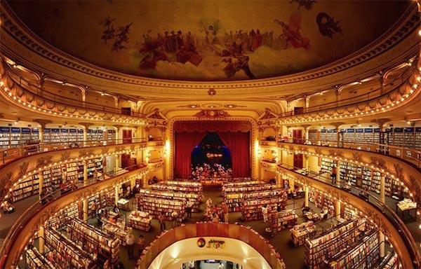 Plus belle Librairie au monde dans théâtre