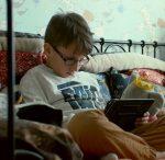addiction smartphone enfants