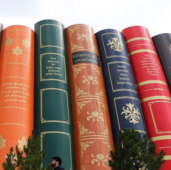 bibliotheque Karabük lecture a haute voix