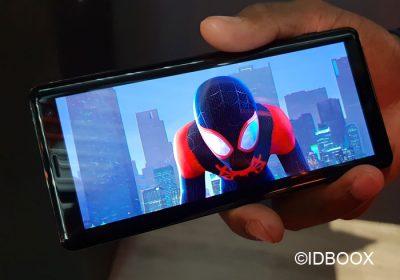 Sony Xperia XZ3 vidéo de l'écran OLED et caractéristiques