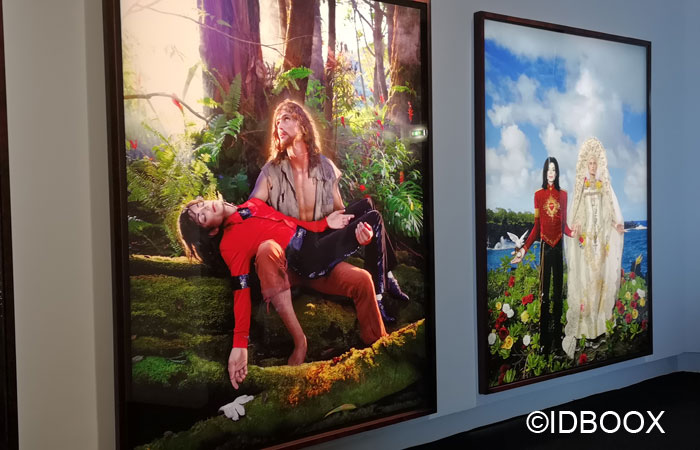 « American Jesus : Hold Me, Carry Me Boldy » de David LaChapelle 2009