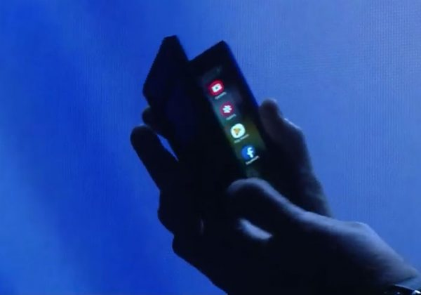 Samsung se fait voler ses écrans pliables