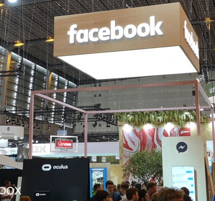 Le Coronavirus entraîne l'annulation d'une conférence Facebook