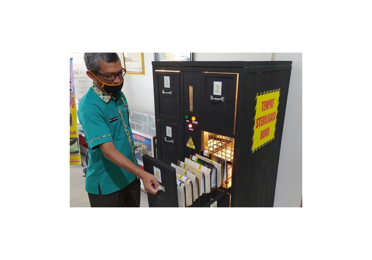 Desinfection-livre-UV-bibliotheque