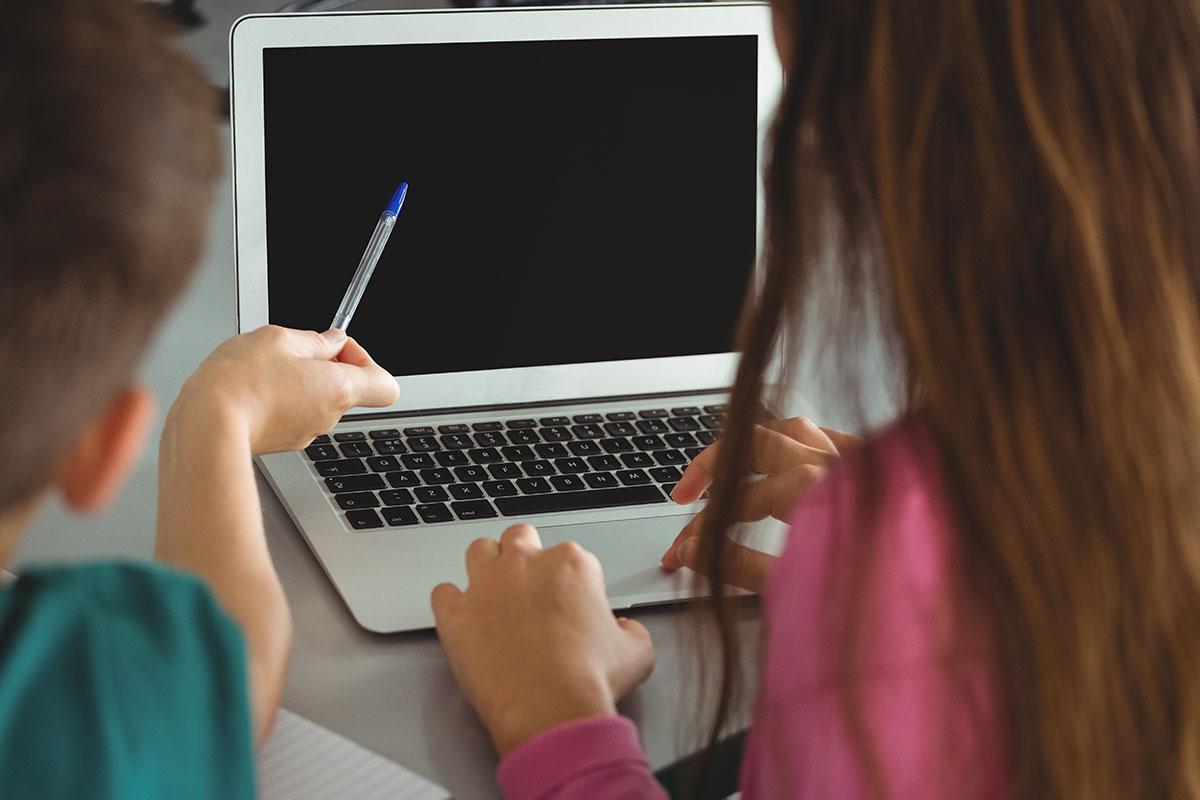 education-generique-ecle-a-la-maison